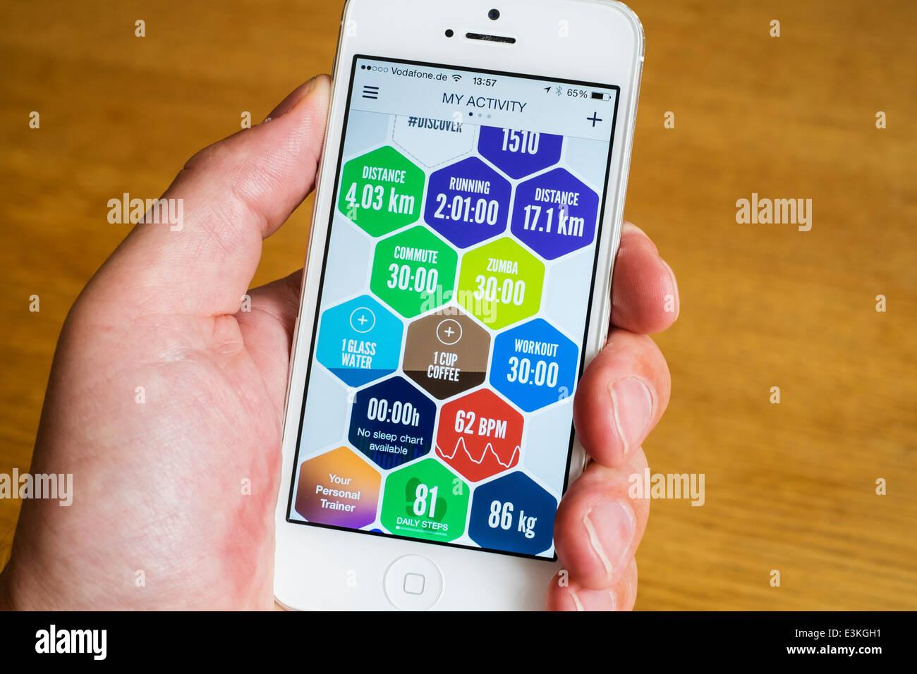 Detail von Sport und Gesundheit Aktivität von Gesundheits- und Fitness-app auf Iphone Smartphone gespeicherten Stockbild
