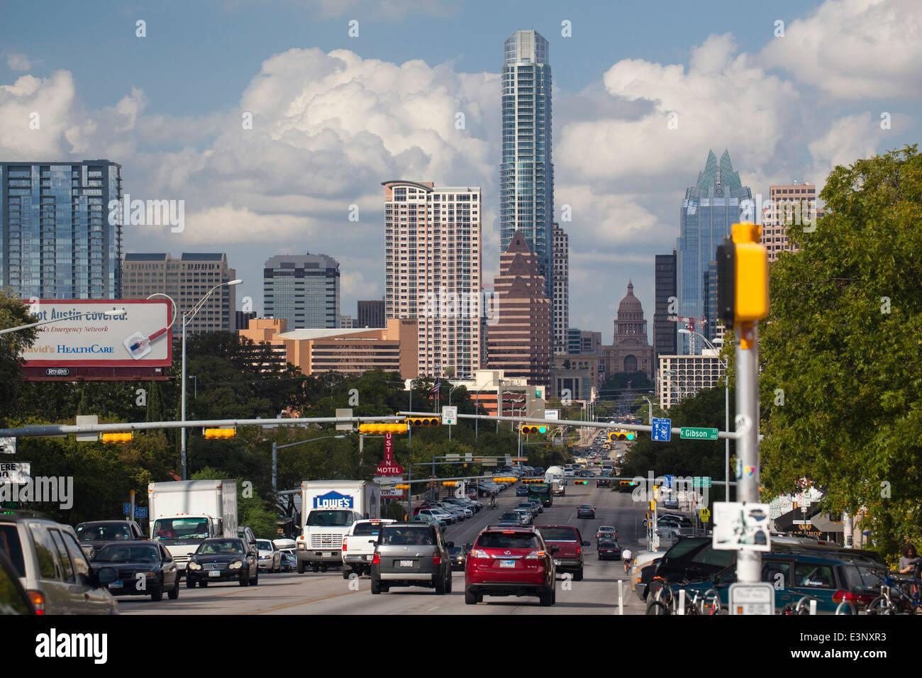 Verkehr in der Innenstadt, Austin, Texas, Vereinigte Staaten von Amerika Stockbild