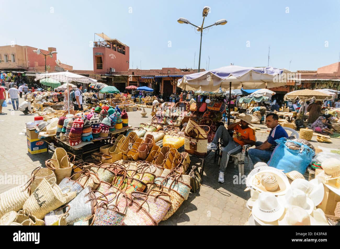 hats marrakech souk stockfotos hats marrakech souk bilder seite 2 alamy. Black Bedroom Furniture Sets. Home Design Ideas
