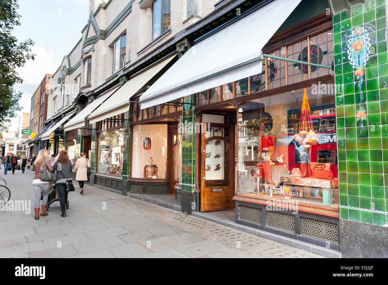 Boutiquen auf der Kings Road, Chelsea, London, England, Vereinigtes Königreich Stockbild