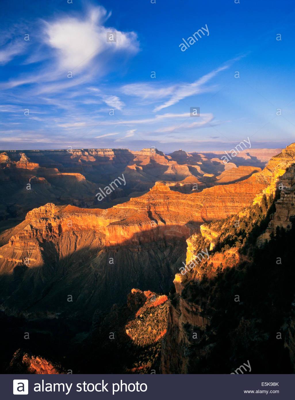 Grand Canyon National Park abends von Yavapai Point am Südrand in Arizona USA Stockbild