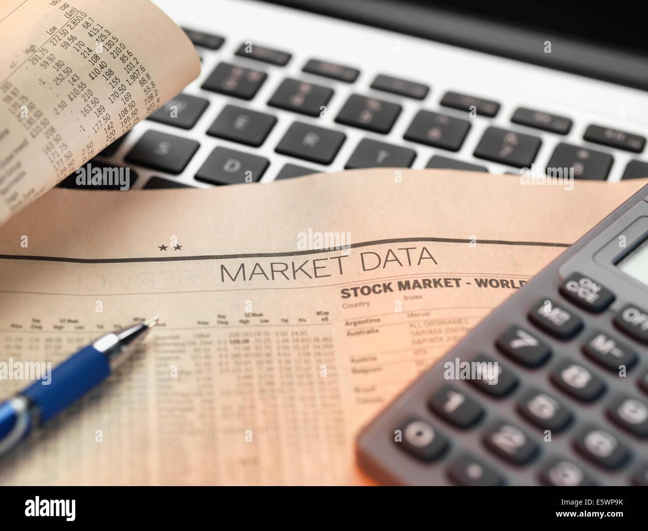 Finanzdienstleistungen, Anzeigen der Finanzmärkte zu investieren Stockbild