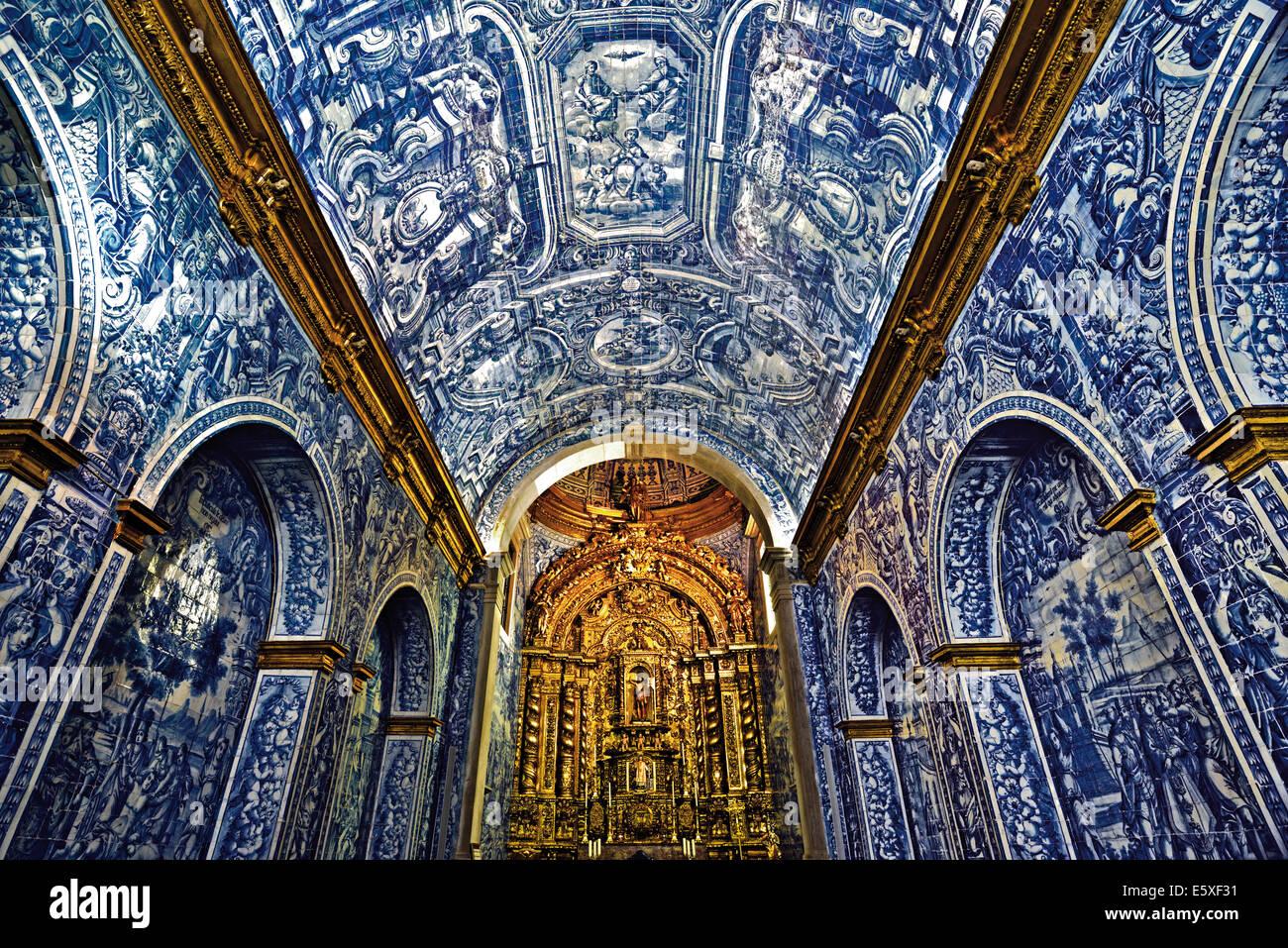 Portugal Algarve Historische Fliesen Im Inneren Der Kirche Sao - Historische fliesen kaufen