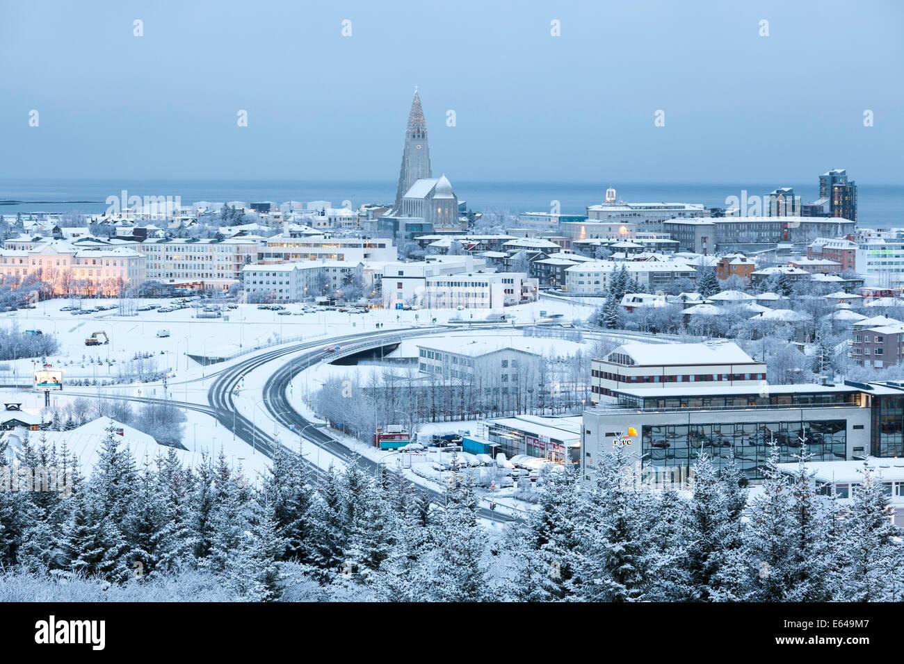 Blick über Reykjavik im Winter, Island Stockbild