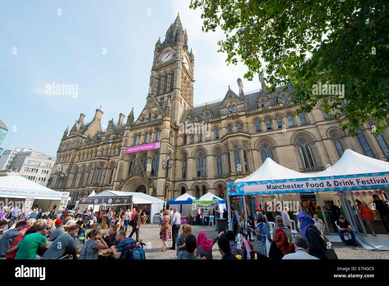Manchester, UK. 18. September 2014. Manchester-Food and Drink Festival eröffnet in der Stadt Albert Square. Stockbild