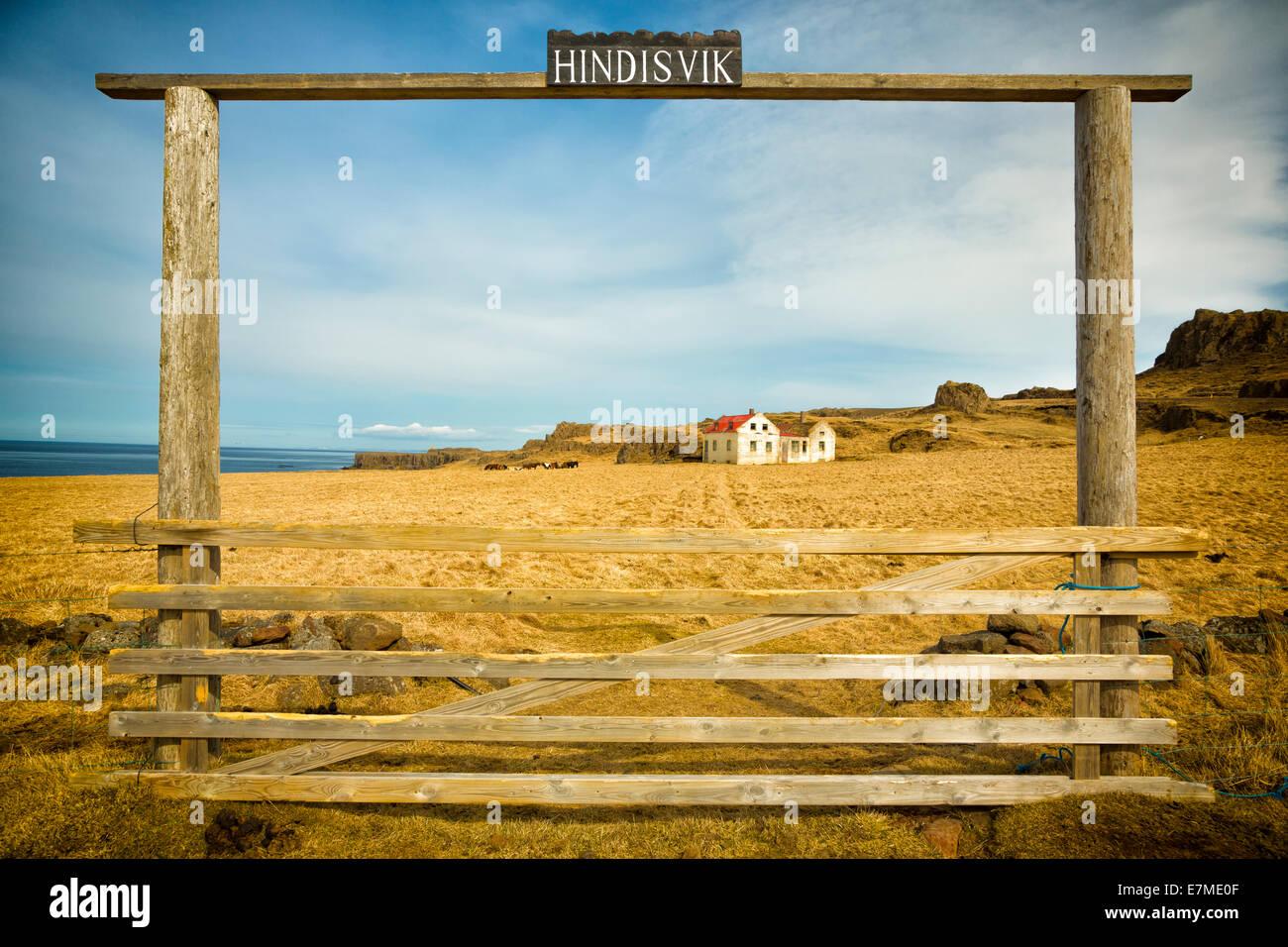 Die verlassenen alten Bauernhaus am Hindisvík an der Nordspitze der Halbinsel Vatnsnes, Island Stockbild