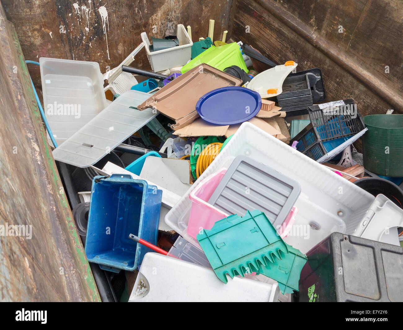 Gebietskörperschaft öffentlichen Recyclinganlage für gemischte Hartplastik, UK Stockbild