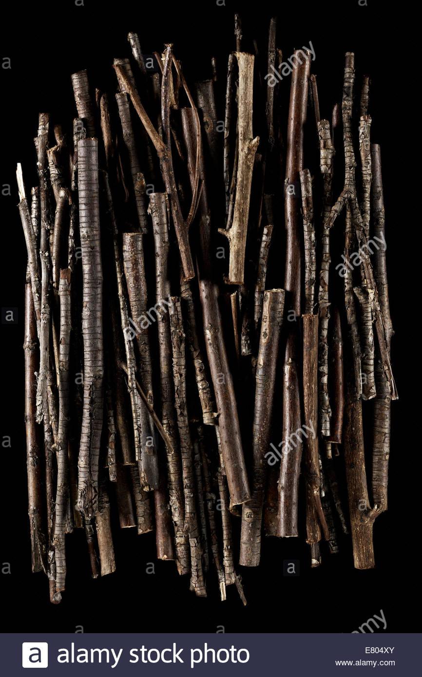 Stick und Zweige Hintergrund voller Texturen auf schwarzem Hintergrund Stockbild