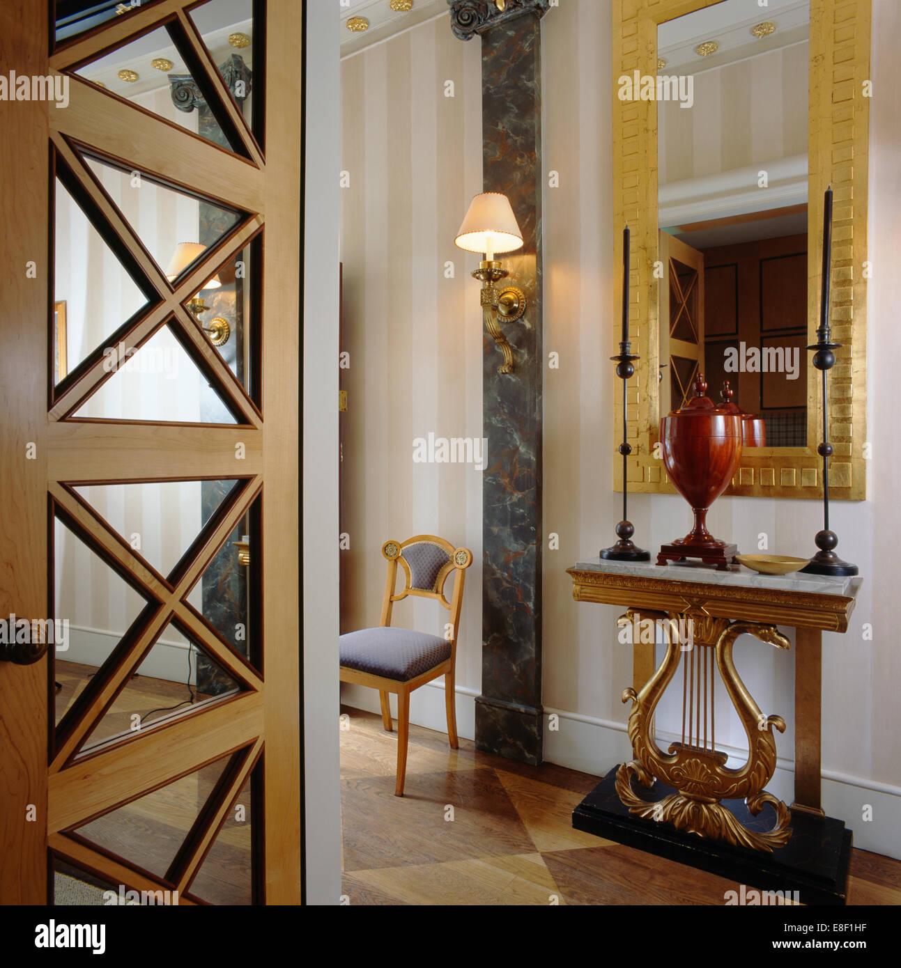 interiors town halls domestic stockfotos interiors town halls domestic bilder alamy. Black Bedroom Furniture Sets. Home Design Ideas