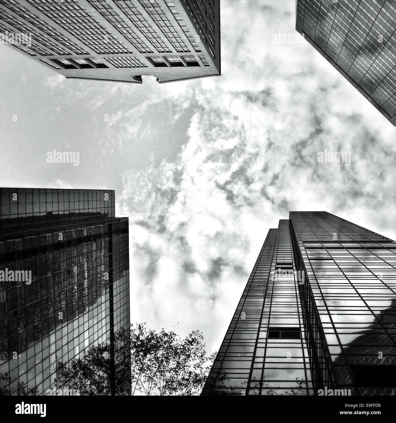 USA, New York State, New York City, blickte zu Wolkenkratzern der Madison und Fifth Avenue Stockbild