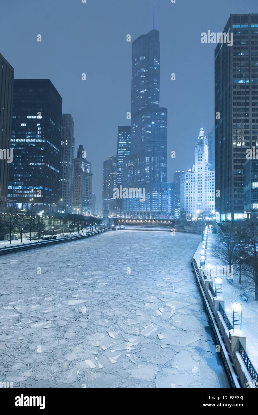 Skyline von Chicago im Winter, Illinois, America, USA Stockbild