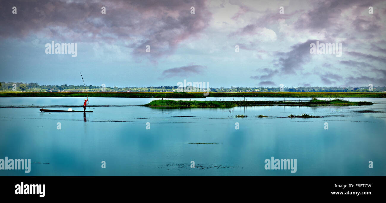 Thailand, Khon Kaen, Bild von Mann Angeln Stockbild