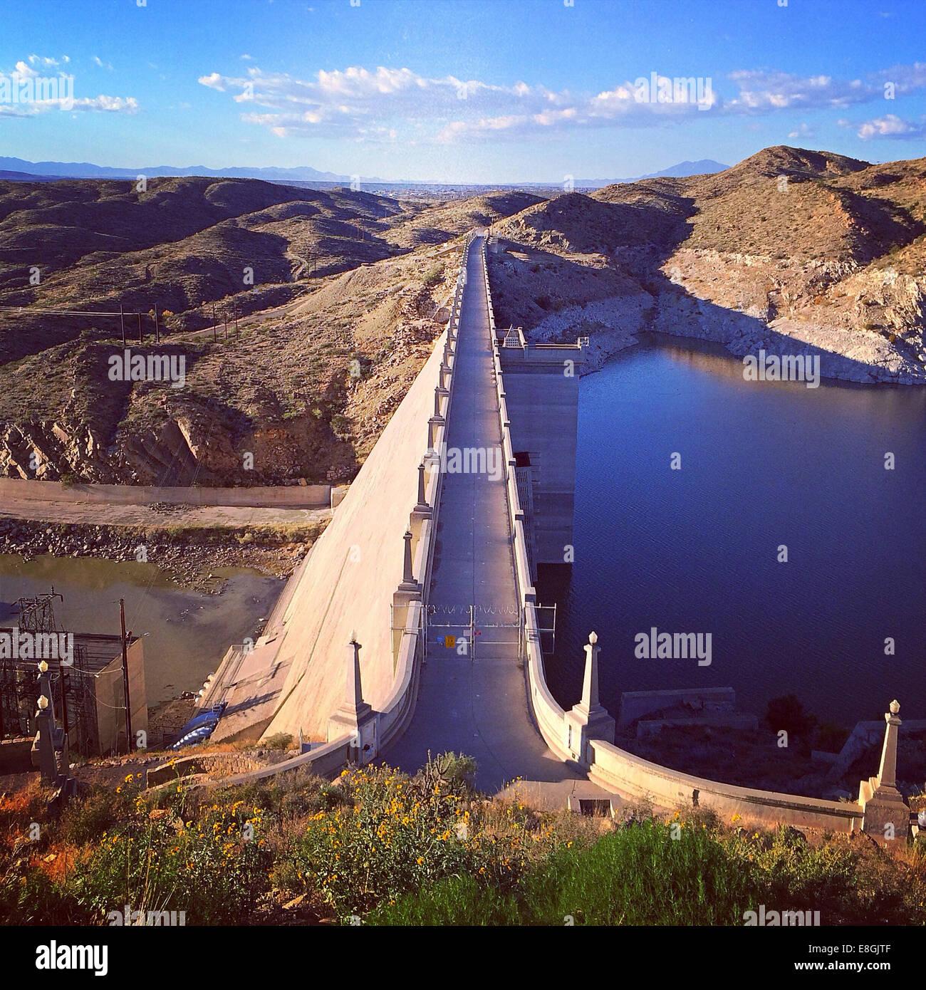 USA, New Mexiko, Blick auf Elephant Butte Dam Stockbild