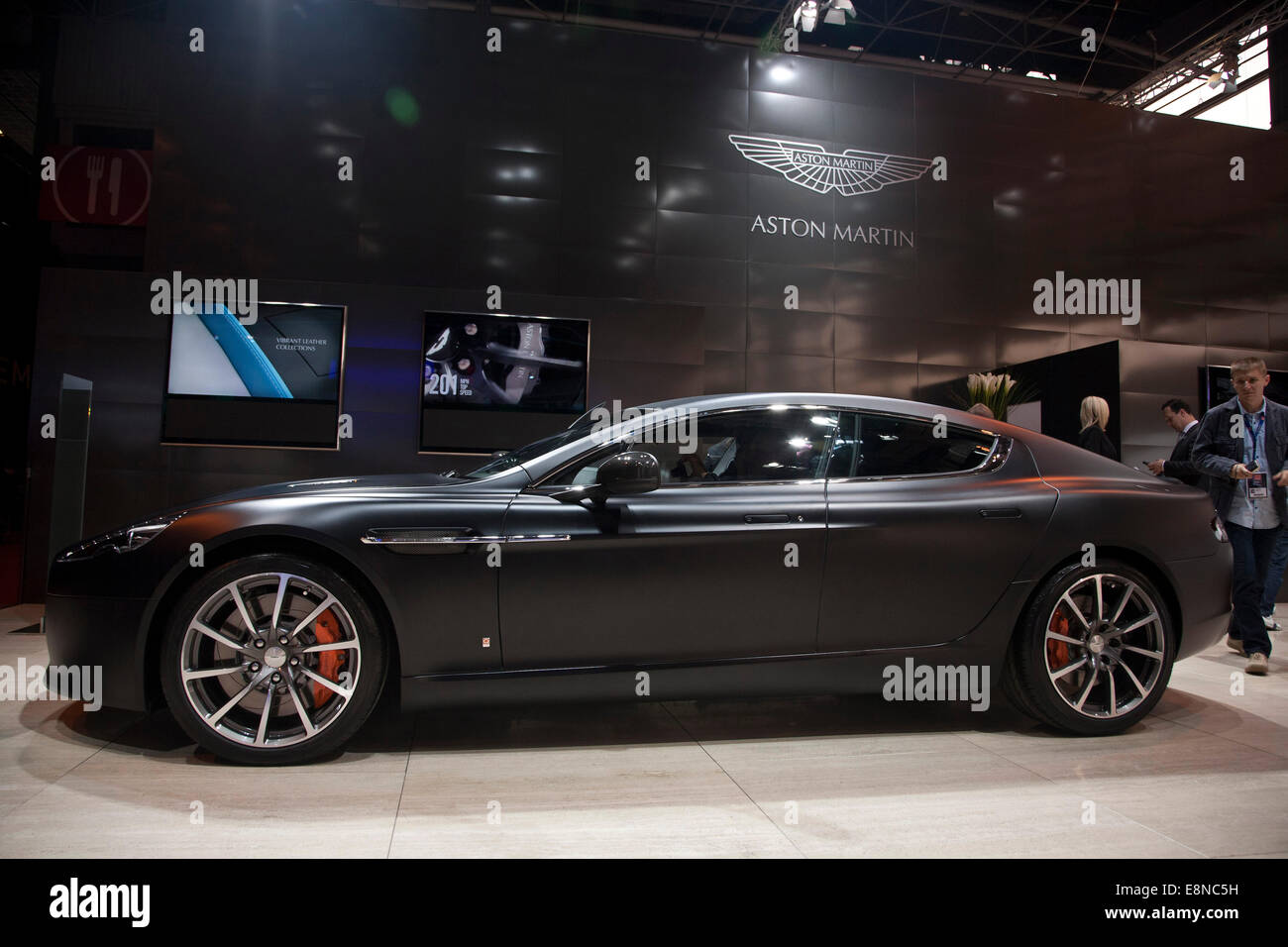 Aston Martin Rapide S Paris Motor Show Mondial de l ' Automobile 2014 Stockbild