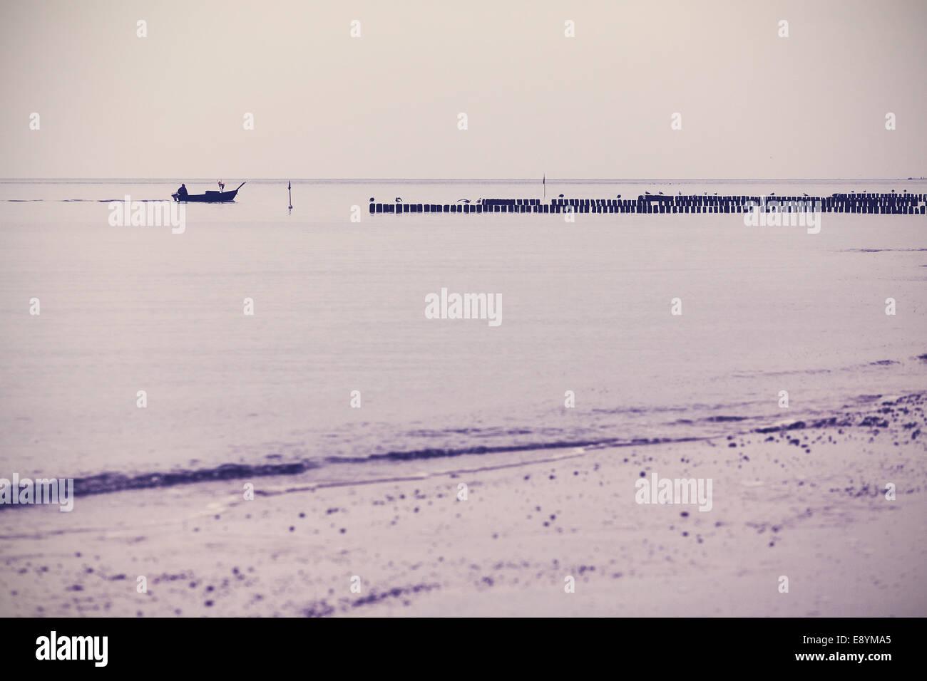 Nostalgisches Retro-gefilterte Meer Landschaft Hintergrund. Stockbild