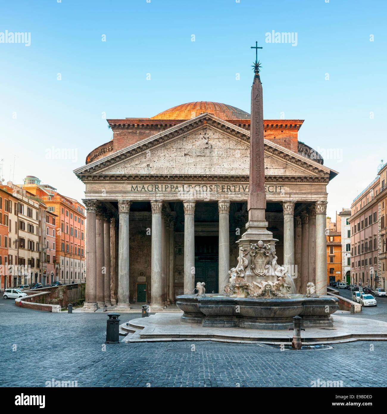 Pantheon in der Morgendämmerung, Rom, Italien. Stockbild