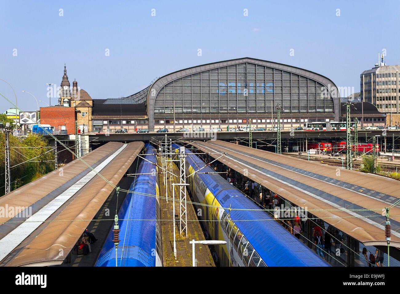 Deutsche-Bahn Hauptbahnhof Hauptbahnhof, Hamburg, Deutschland, Europa. Stockbild