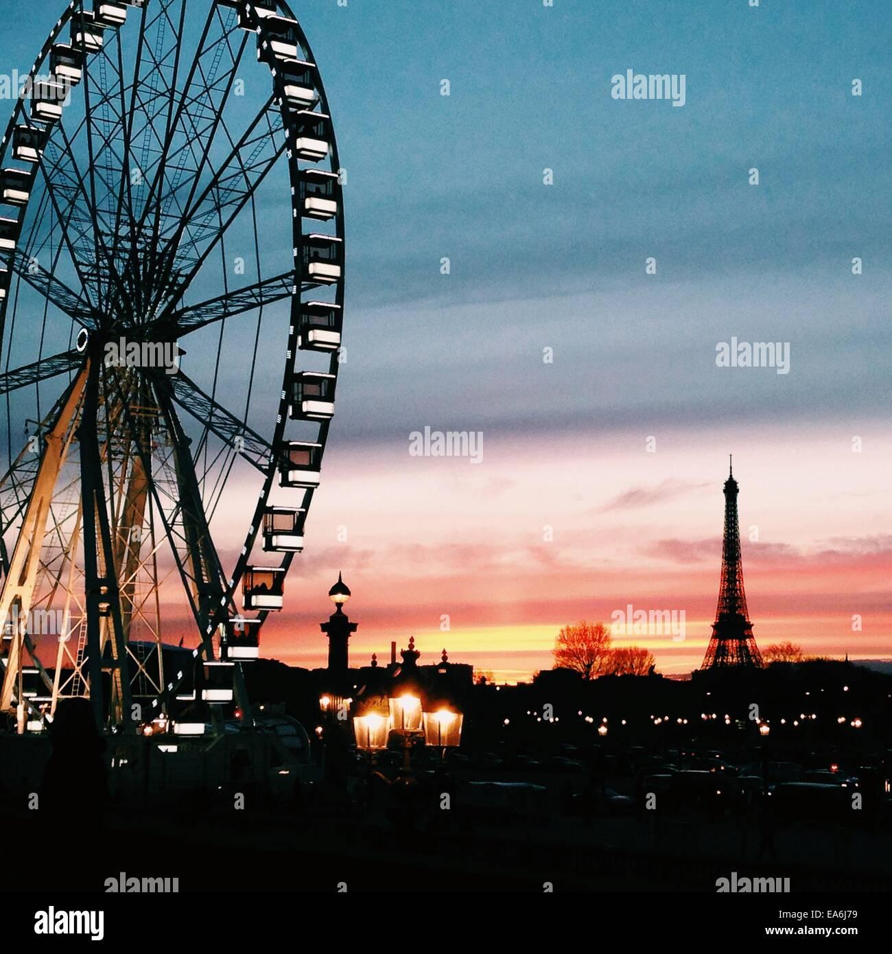 Frankreich, Paris, Riesenrad im Louvre Stockbild