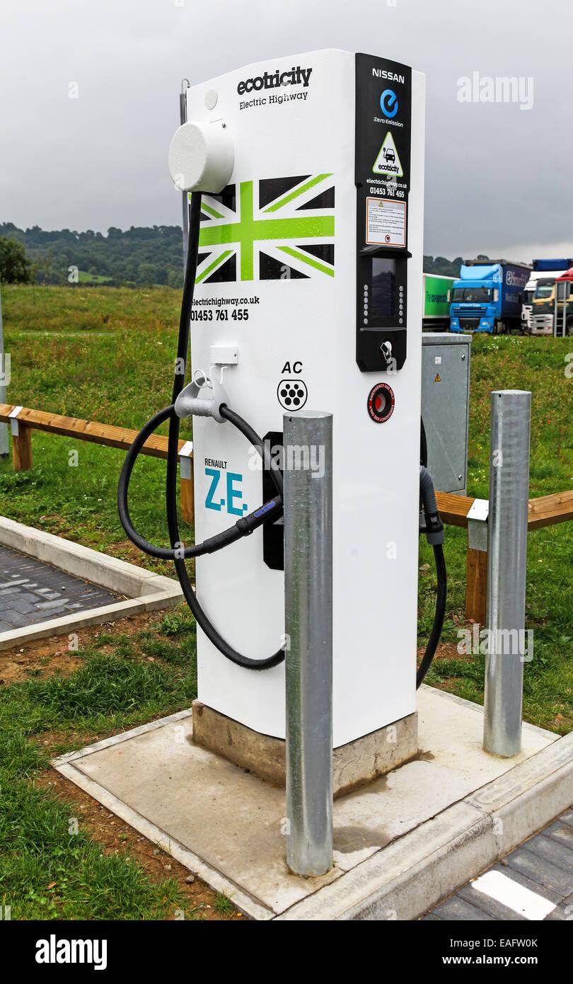 Ein Punkt in Gloucester Dienstleistungen M5 Richtung Norden oder Richtung Norden Autobahn Ladestation für Elektroautos Stockbild