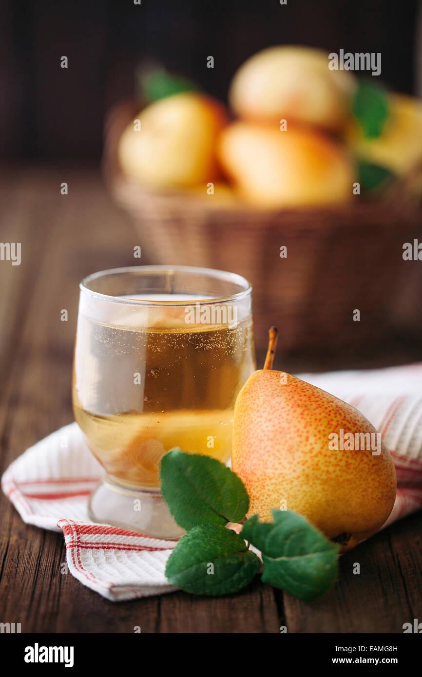 Hausgemachte Bio Birne Cidre Stockbild