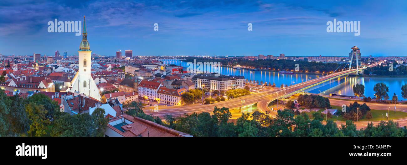 Panorama-Bild von Bratislava, der Hauptstadt der Slowakischen Republik. Stockbild