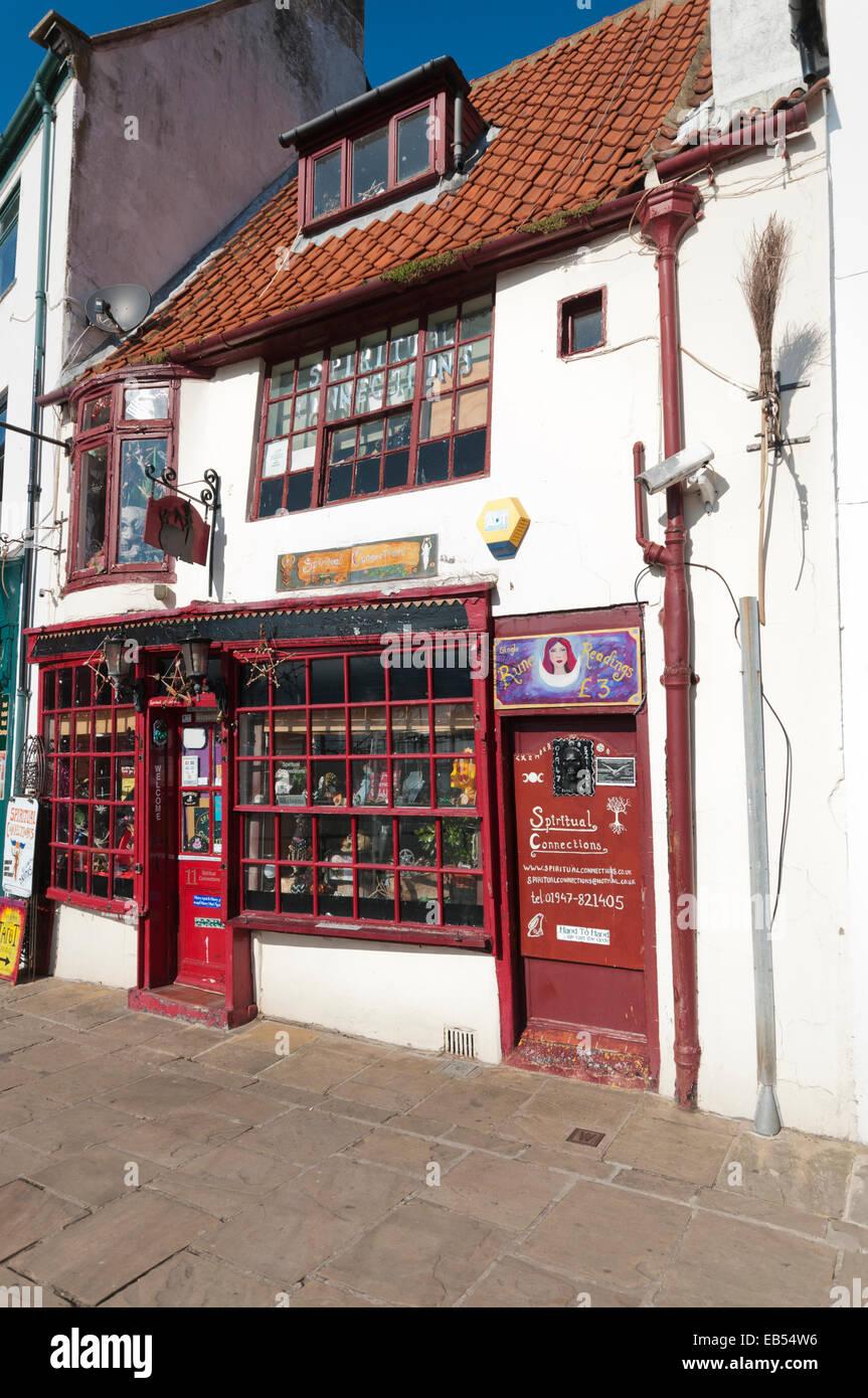 Geschäft in Whitby spirituellen Verbindungen Stockbild