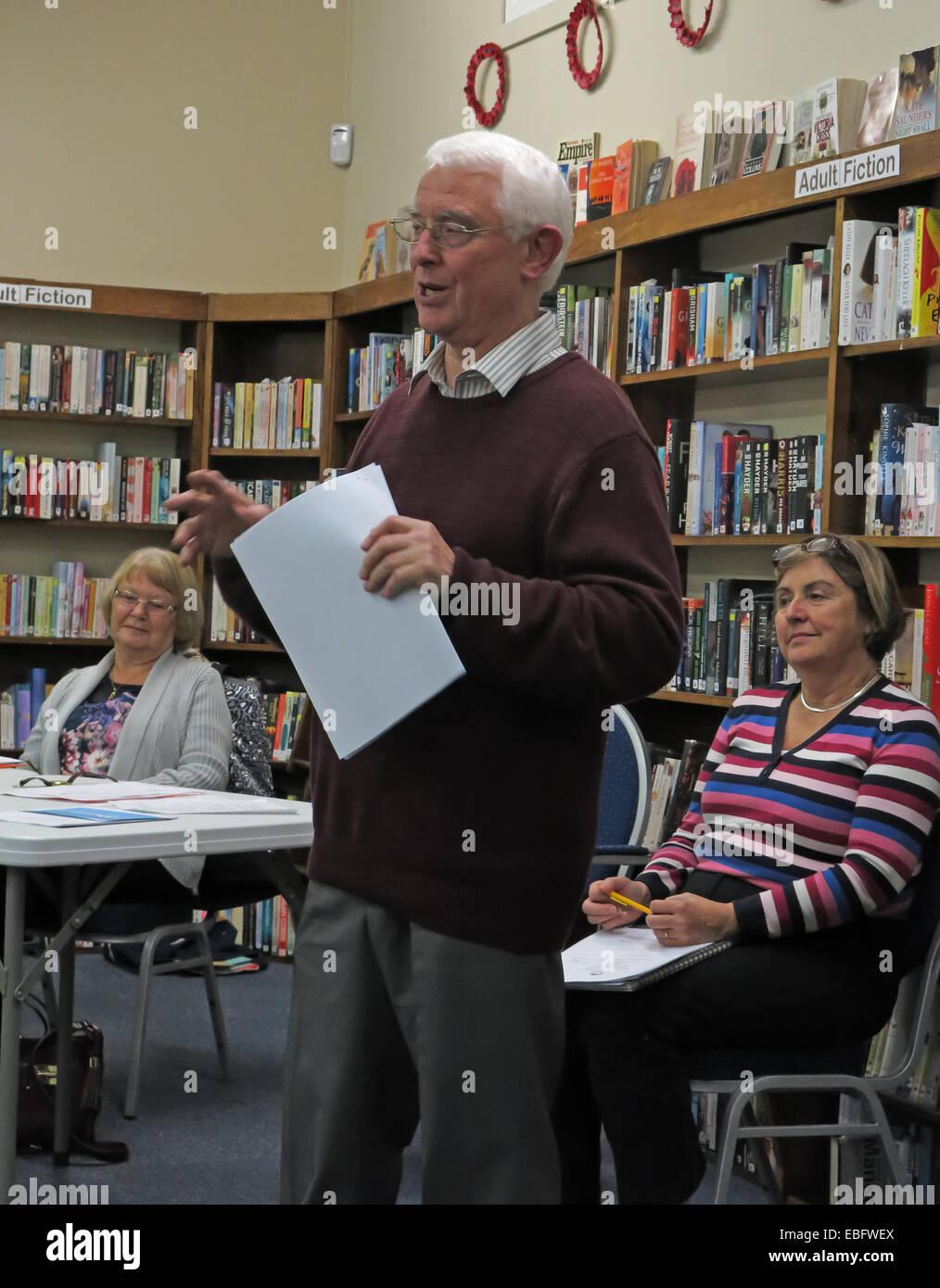 Laden Sie dieses Alamy Stockfoto Grappenhall Gemeindebibliothek GV 2014, John Ashby, Sheelagh Connolly, Sheila Wallace, Warrington, Cheshire WA4 2PE - EBFWEX