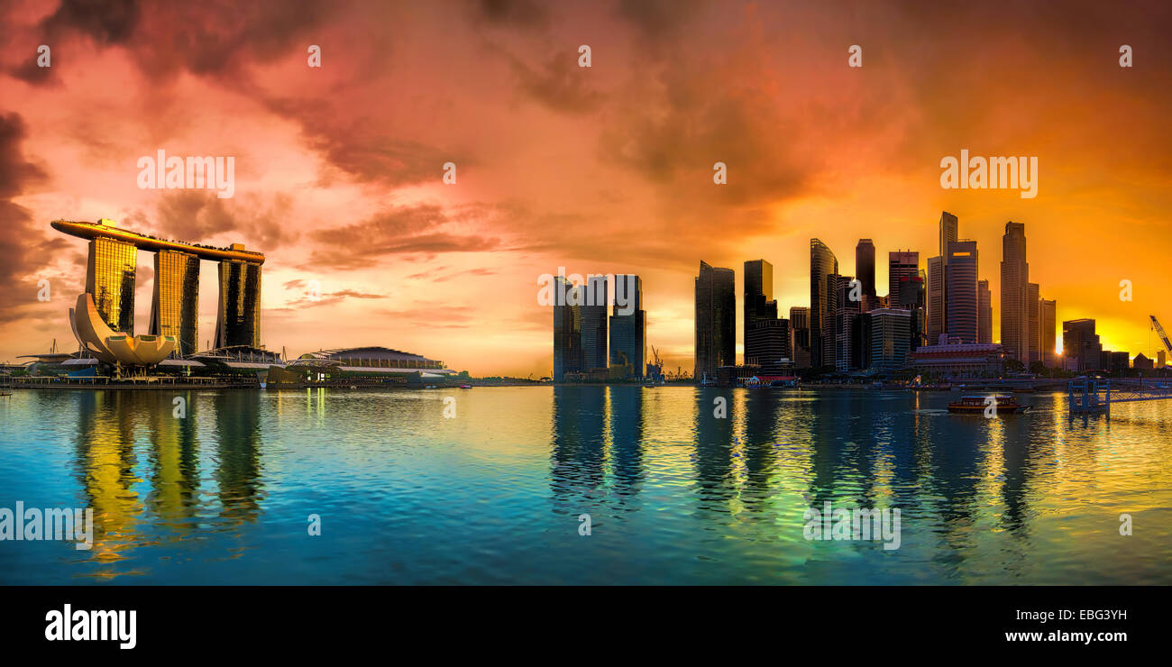 Singapur Stadtbild bei Sonnenuntergang Stockbild