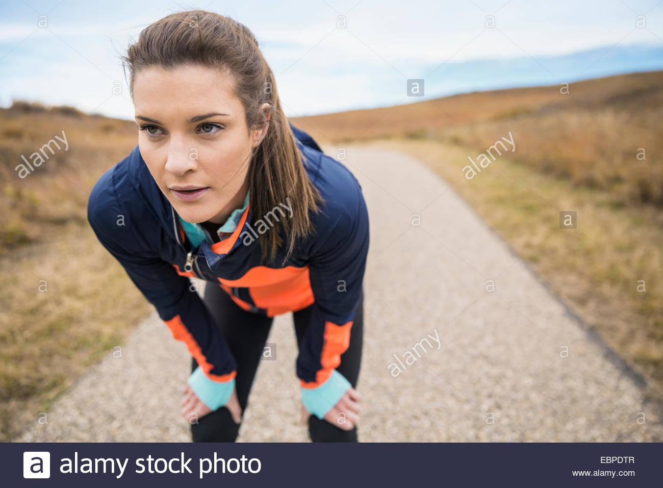 Läufer auf ländlichen Weg Stockbild