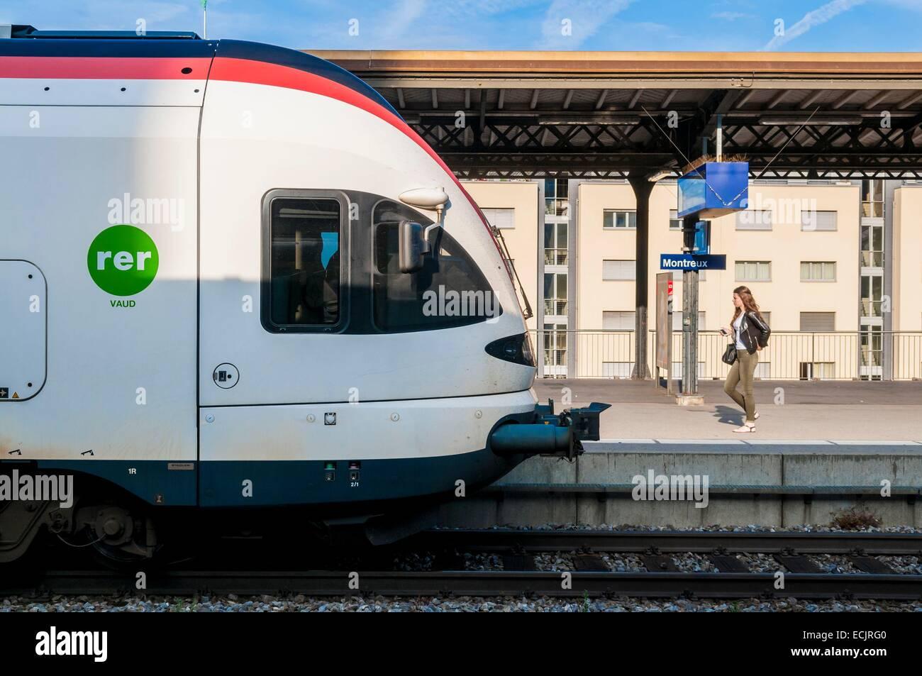 Schweiz, Kanton Waadt, Montreux und Regionalbahnhof Stockbild