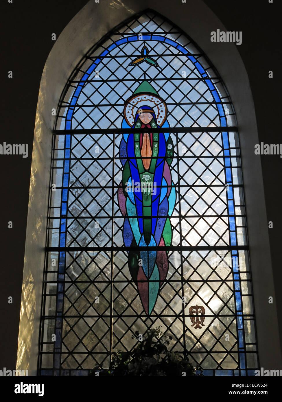 Laden Sie dieses Alamy Stockfoto Millennium befleckte Glasfenster, St Marys Ardley, Oxfordshire, England, Vereinigtes Königreich - ECW524
