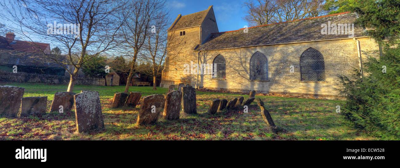 Laden Sie dieses Alamy Stockfoto St. Marys Kirche Ardley, Oxfordshire, England, Vereinigtes Königreich panorama - ECW528