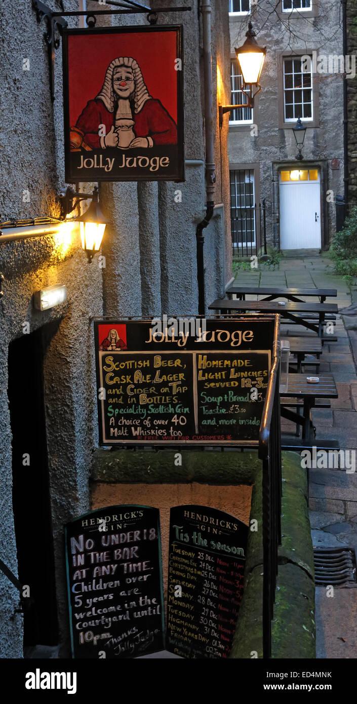 Laden Sie dieses Alamy Stockfoto Die Jolly Richter Pub aus Lawnmarket und Royal Mile High St, Altstadt von Edinburgh, Scotland, UK - ED4MNK