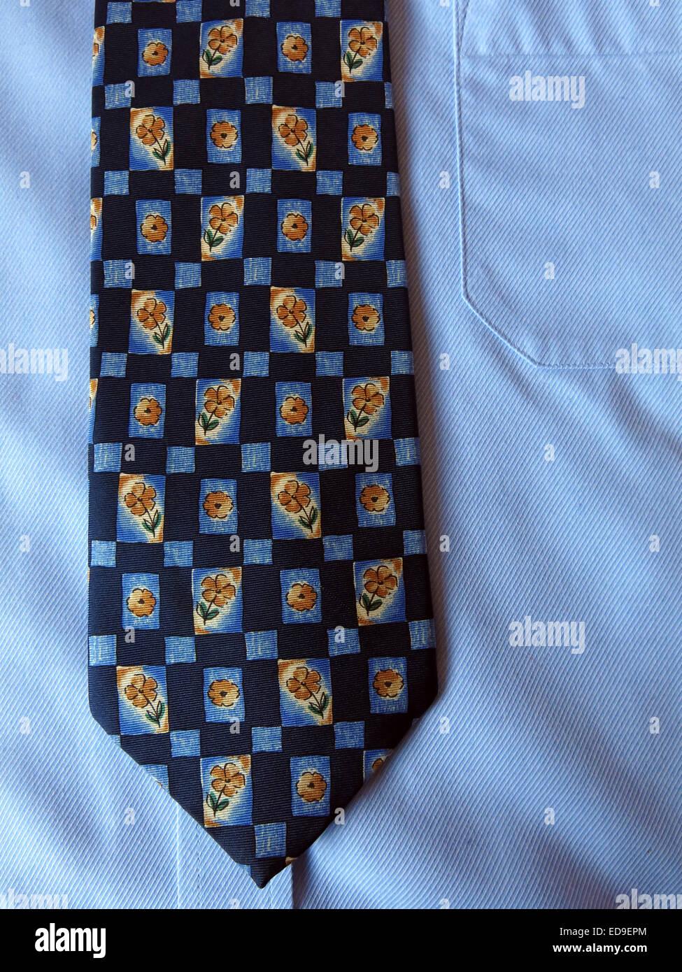 Laden Sie dieses Alamy Stockfoto Interessante Oldtimer Krawatte, männliche Antik in Seide - ED9EPM