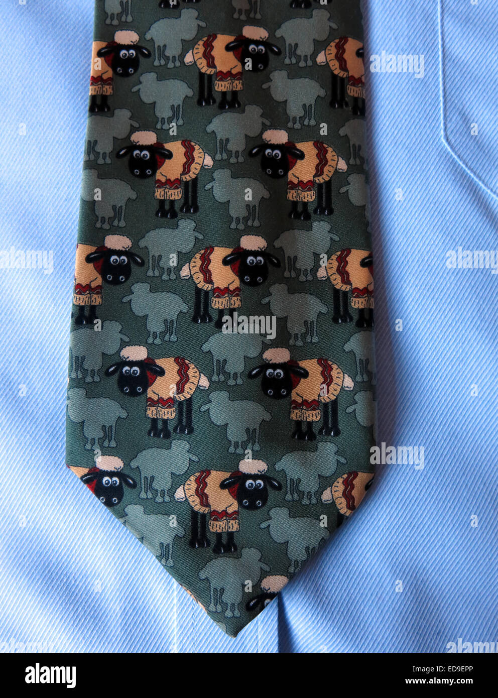 Laden Sie dieses Alamy Stockfoto Interessante Komödie Shaun die Schafe Krawatte, männliche Antik in Seide - ED9EPP