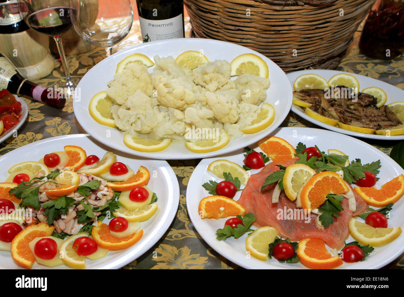 italienisches essen antipasti italienische k che antipasti speisen italienisch. Black Bedroom Furniture Sets. Home Design Ideas