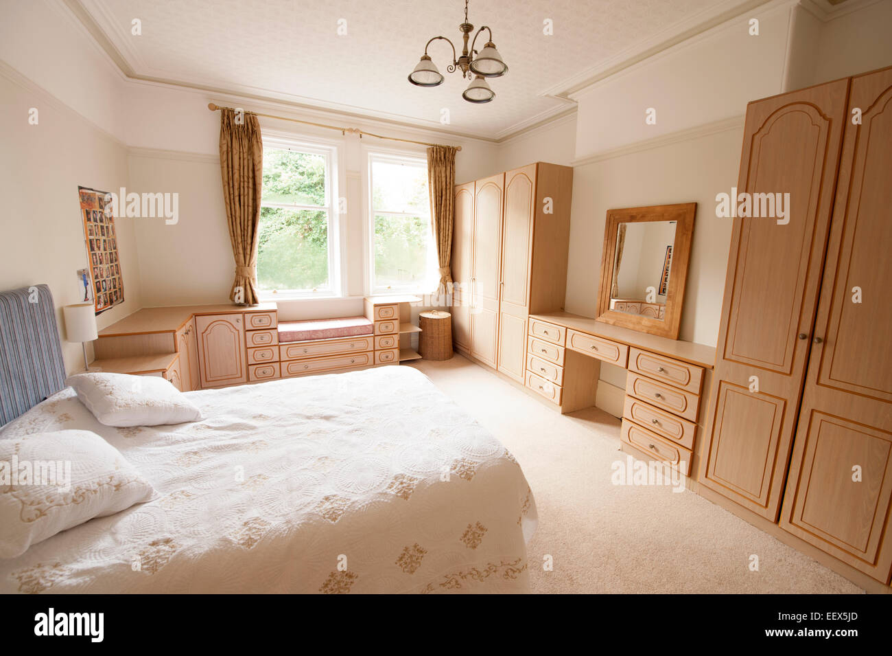 airy stockfotos airy bilder alamy. Black Bedroom Furniture Sets. Home Design Ideas
