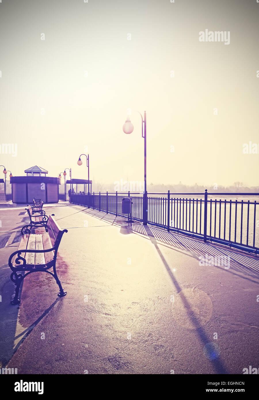 Retro Vintage gefilterte nostalgisches Bild der Promenade mit Linseneffekt. Stockbild