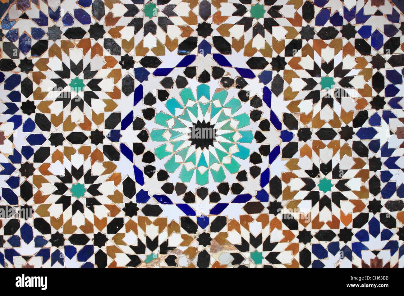 typische mosaik muster von einem marokkanischen brunnen stockfoto bild 79425007 alamy. Black Bedroom Furniture Sets. Home Design Ideas