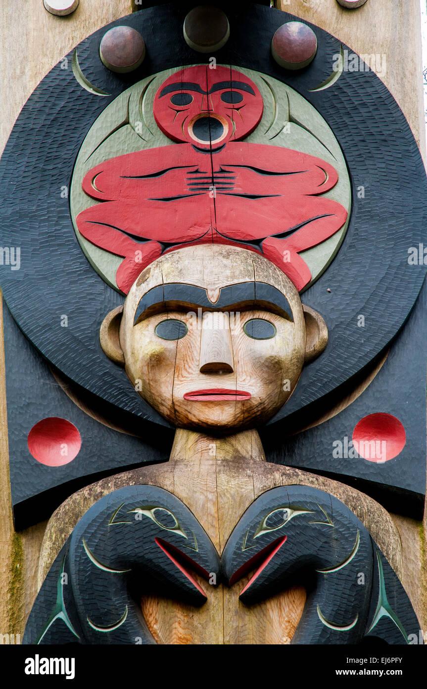 Erste Nationen Portal Post Detail, MOA, Museum für Anthropologie Gelände, UBC, Vancouver, Britisch-Kolumbien, Stockbild