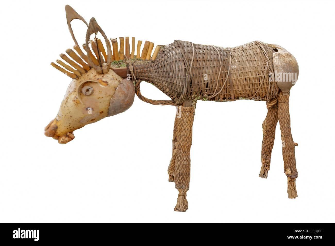 Gartendekoration aus Holz gemacht-Esel-statue Stockfoto, Bild ...