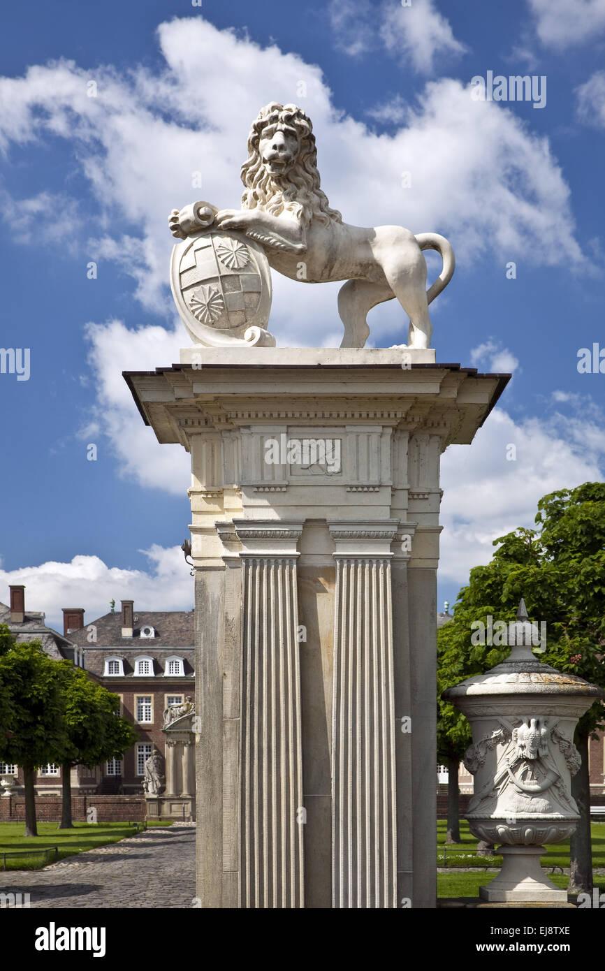Löwe Skulptur, Schloss Nordkirchen, Deutschland Stockbild