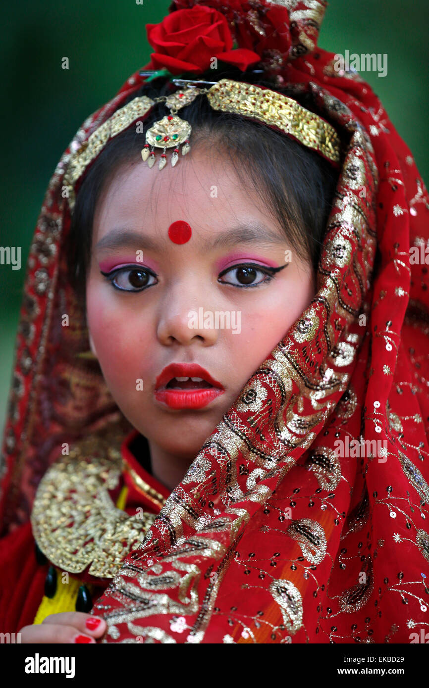 Nepalesische traditioneller Tanz Festival von Nepal, Grande Pagode de Vincennes, Paris, Frankreich Stockbild