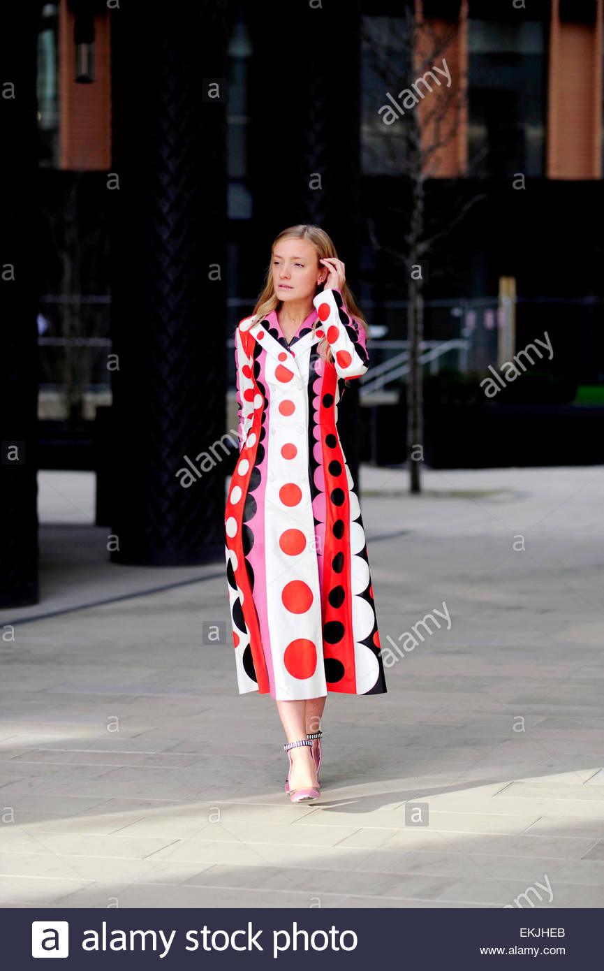 Stylistin Kate Foley LFW FW15 London Street Style Fashion. Stockbild