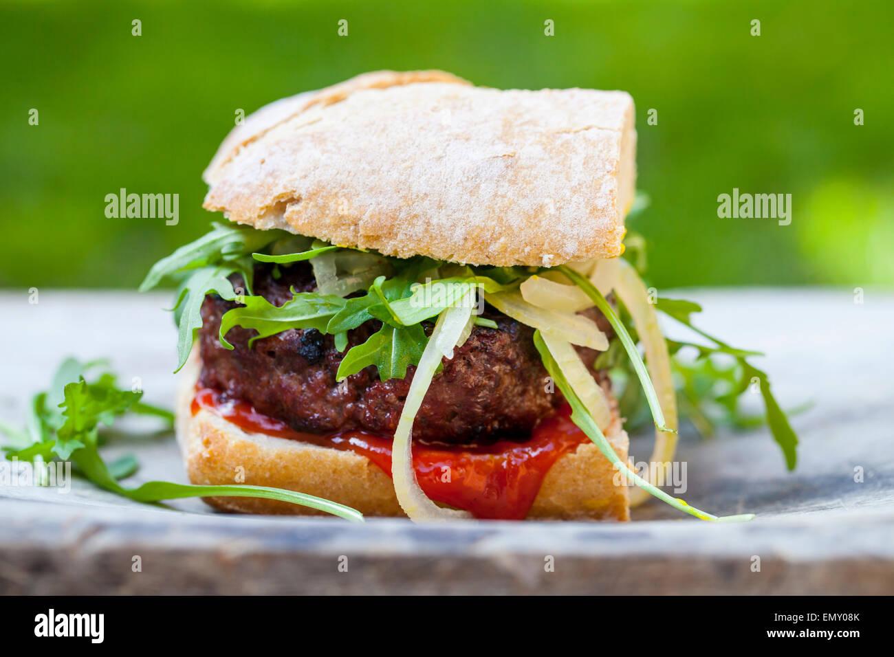 Gourmet-Beef-burger Stockbild