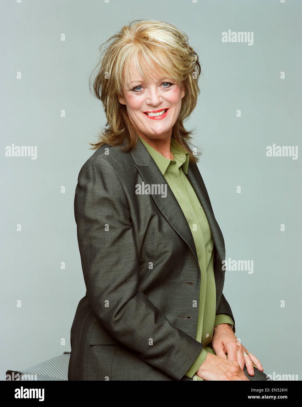 Sherrie Hewson Schauspielerin posiert in den Menschen-Studios. 24. Juni 1999. Stockbild