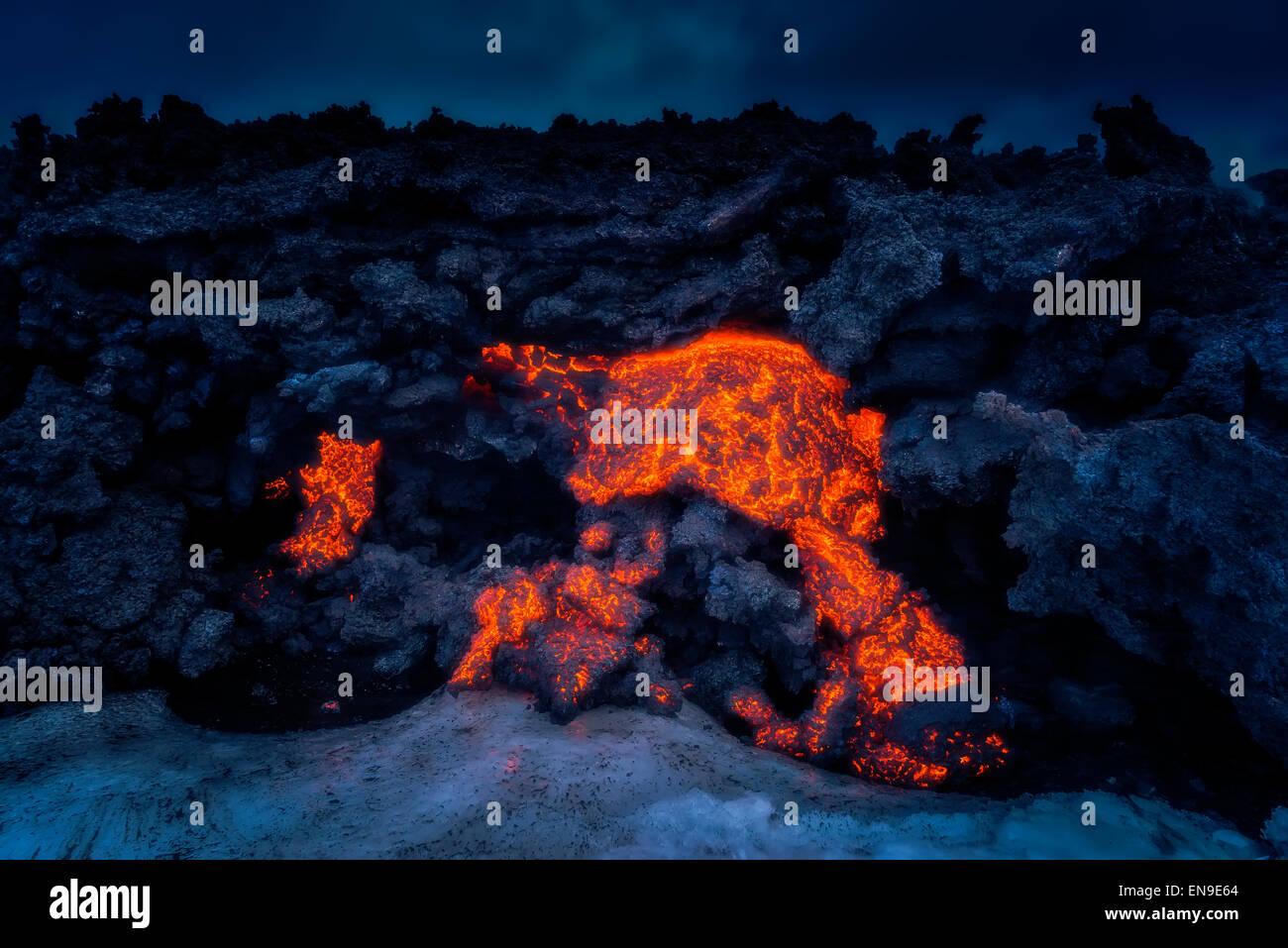 Glühende Lava vom Ausbruch im Holuhraun Riss, Vulkan Bardarbunga, Island Stockbild