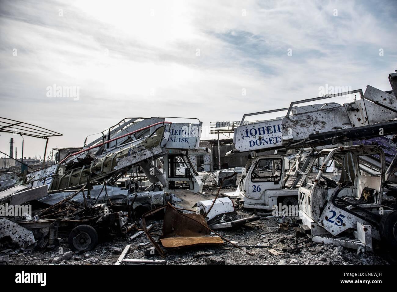 Flughafen in Donezk wurde weitgehend durch den Konflikt in der Ostukraine zerstört Stockbild