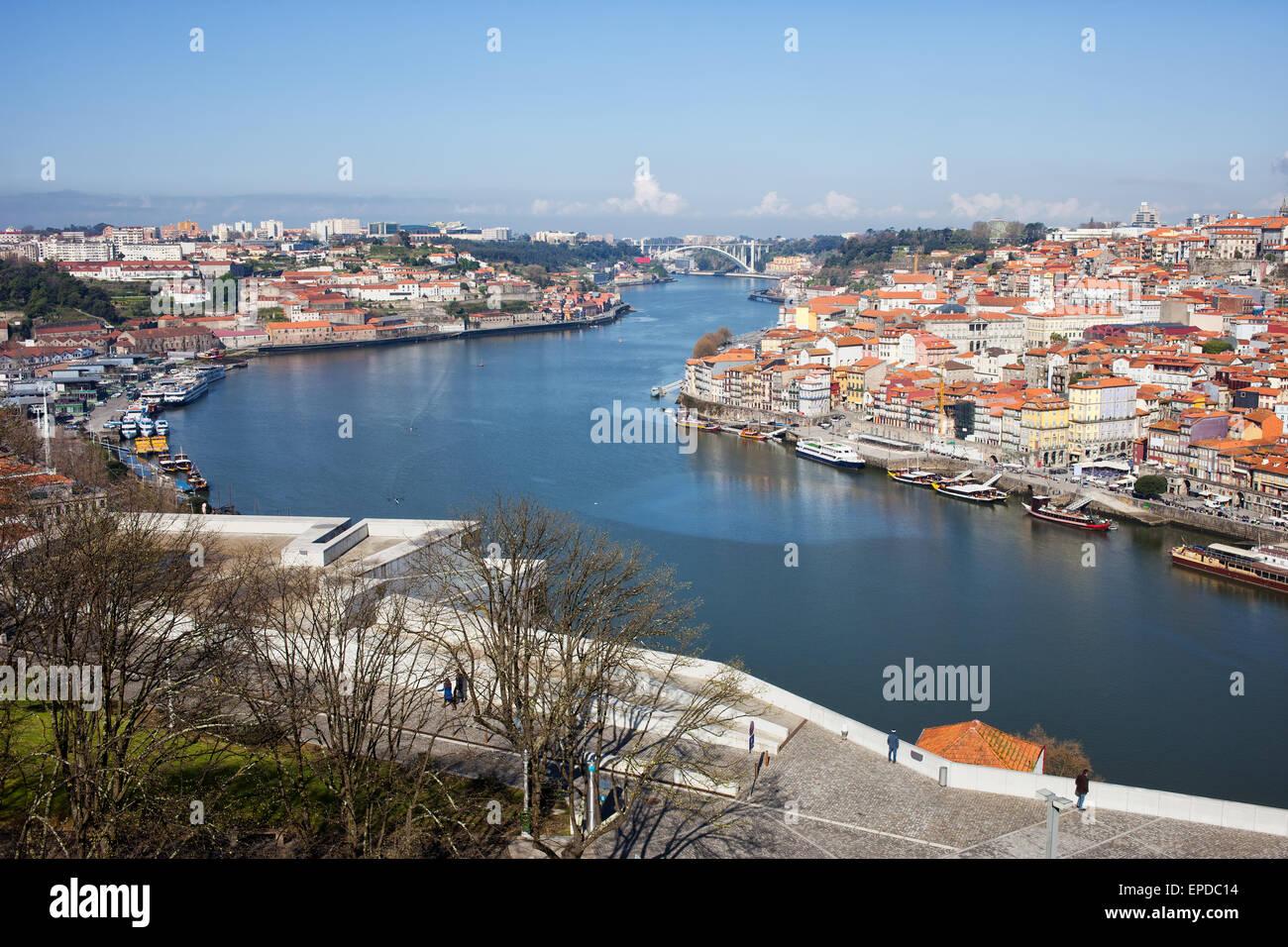 promenade porto portugal stockfotos promenade porto. Black Bedroom Furniture Sets. Home Design Ideas