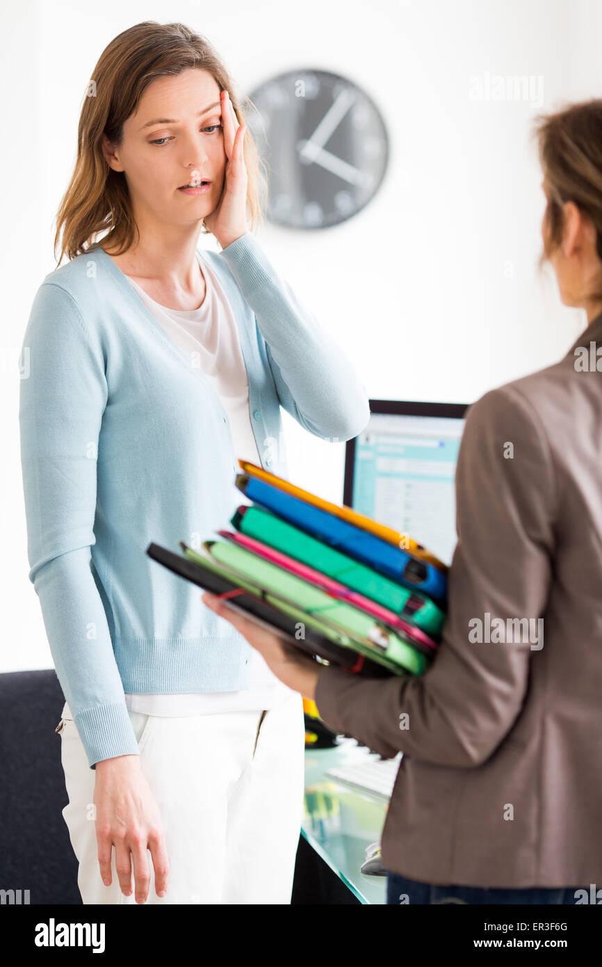 Geschäftsleute bei der Arbeit. Stockbild
